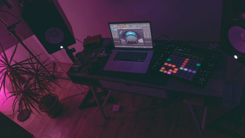 4 ways to improve your track with Stereoizer Elements